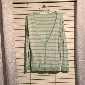 NY&C button up sweater